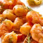 Запеченные креветки в чесночном соусе